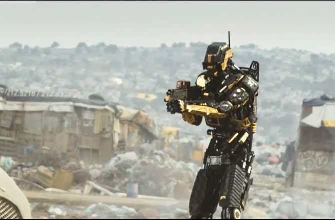High end personal protection robot from Elysium | Elysium in