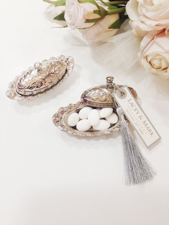 ⭐️ ⭐️ ⭐️ ⭐️ ⭐️  Tolle Idee für elegante Hochzeiten, Engagement, Baby-Dusche-Themenanlässe und andere spezifischen Zeremonien.  Sie suchen einzigartige Hochzeit Gunst Boxen oder Boxen gefallen, werden erstaunliche Wahl.  ⭐️⭐️⭐️⭐️⭐️  📢 Personalisierte Tag ist kostenlos! 📢 Schreiben Sie an Kasse-Seite bitte Ihren Druck Wunsch auf Hinweis-Box.  ⭐️⭐️⭐️⭐️⭐️  🚀 Sind Sie auf der Suche express-Lieferung? Herzlichen Glückwunsch bist du am richtigen Ort!  📢 📢 SPEZIELLES ANGEBOT für ALLE KUNDEN! 📢…