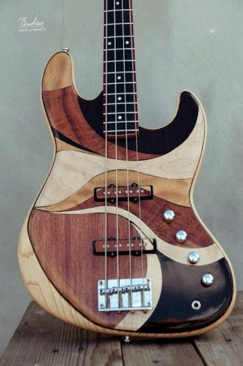 Briken Guitars Custom Jazz Bass
