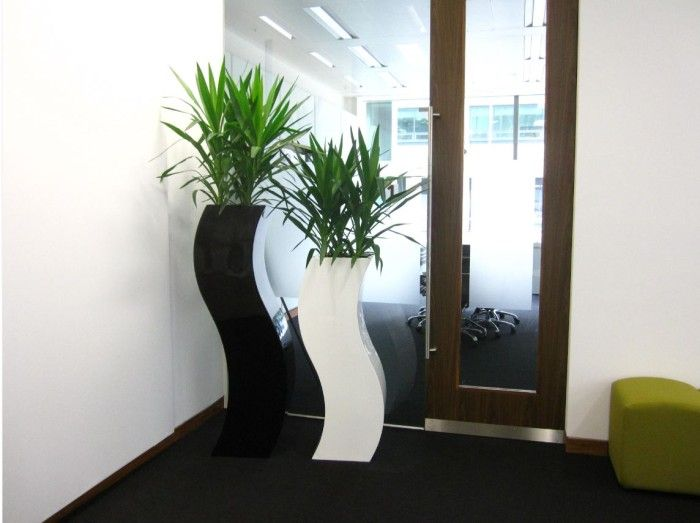 Marvelous Planters For Indoor Plants Part - 10: 10 Modern Indoor Plant Pots That Will Dress Up A Home