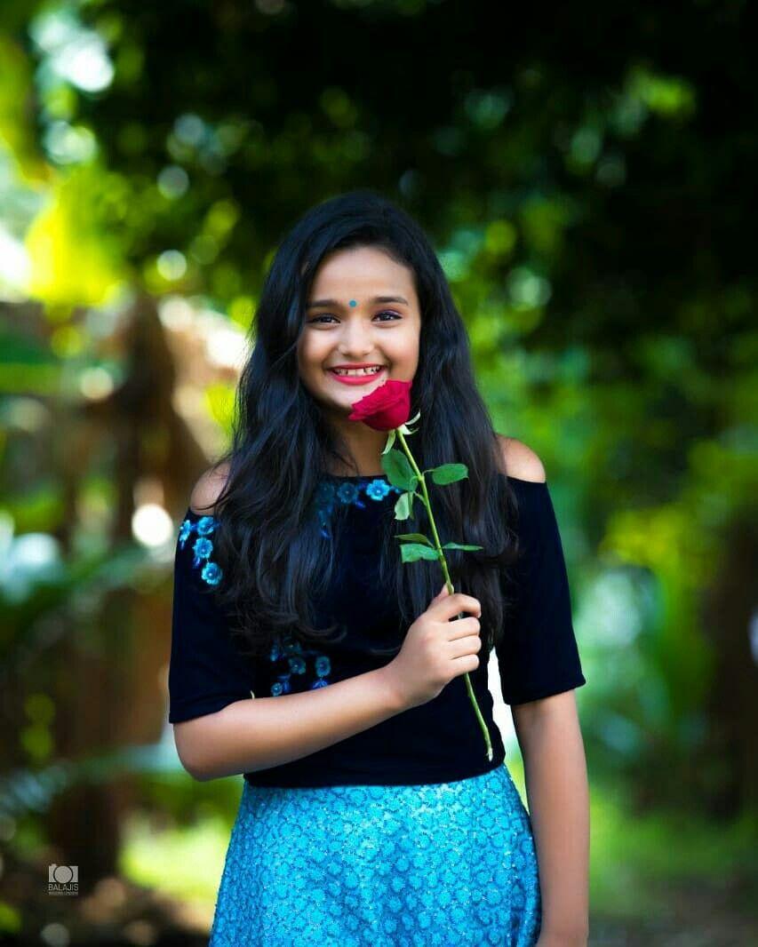 Girl photo poses girl photos sari cute girls beauty fashion