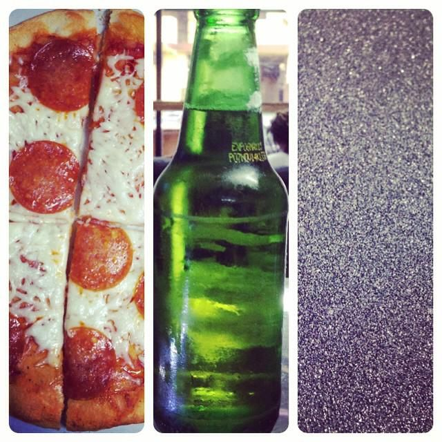 #SkateboardingCombo #PizzaPintaPatineta #pizza #beernes #pintas #patineta @mobgrip
