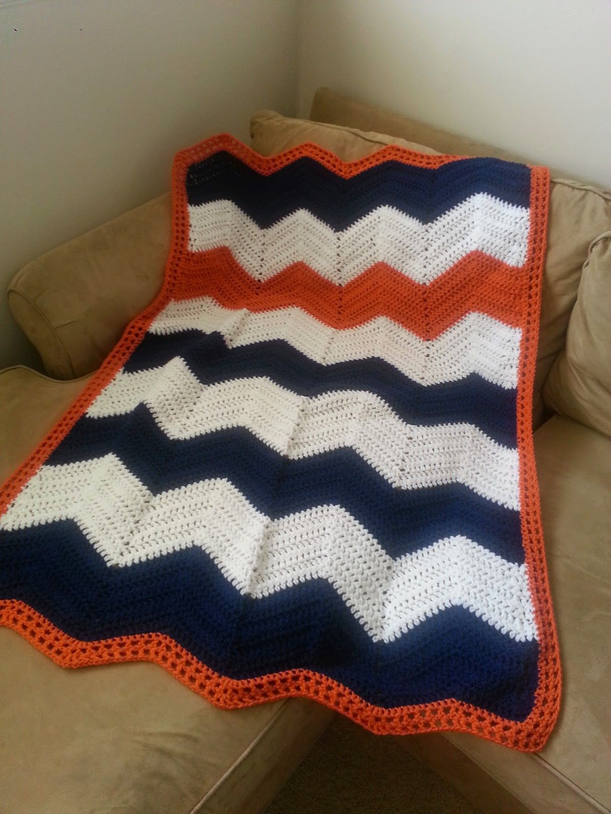 Creative Highs: Crochet Chevron Blanket Free Pattern | Crochet ...