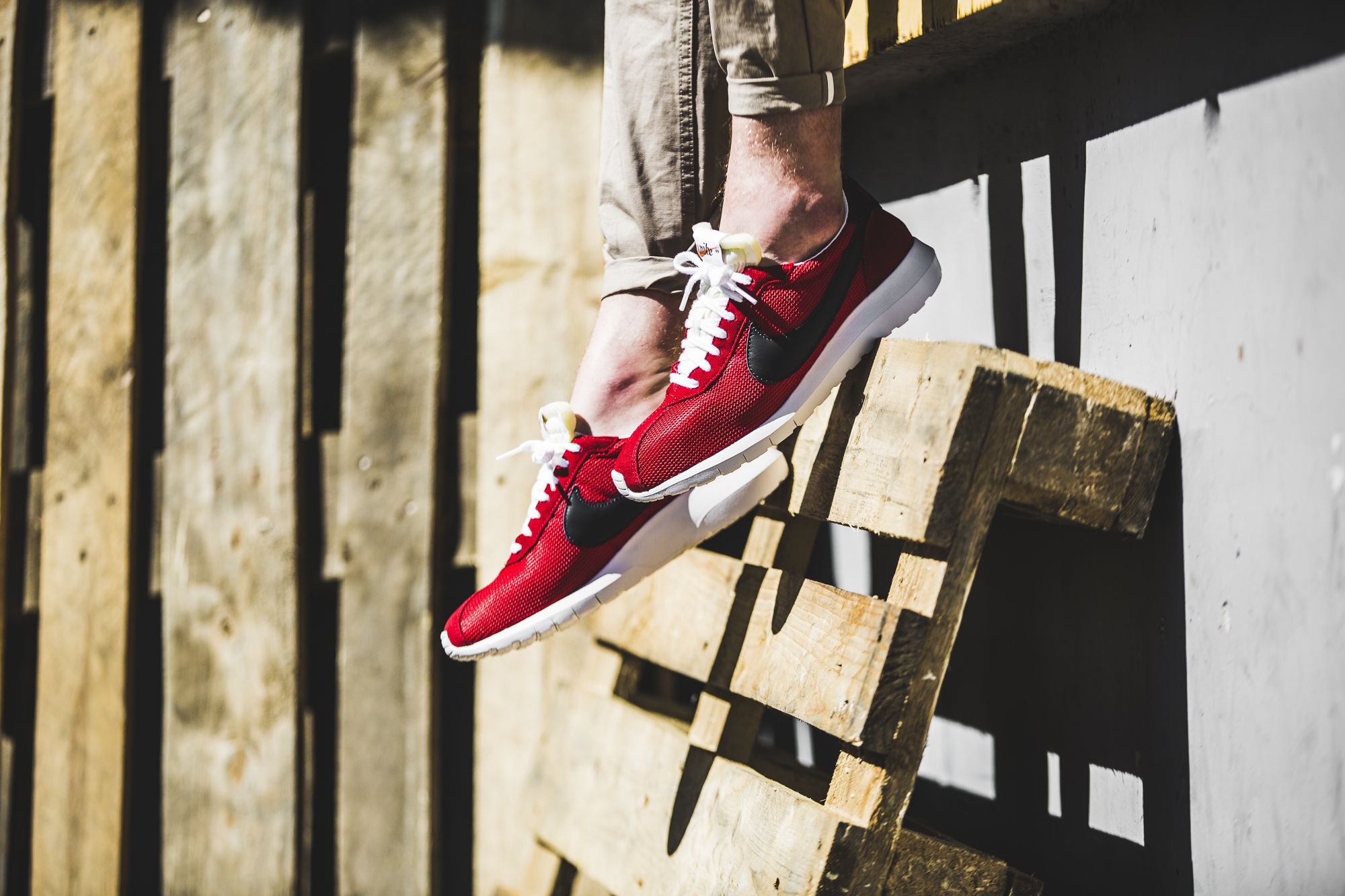 timeless design b8e16 ac1ac    RELEASE REMINDER    Six beautiful colorways on the Nike Roshe LD
