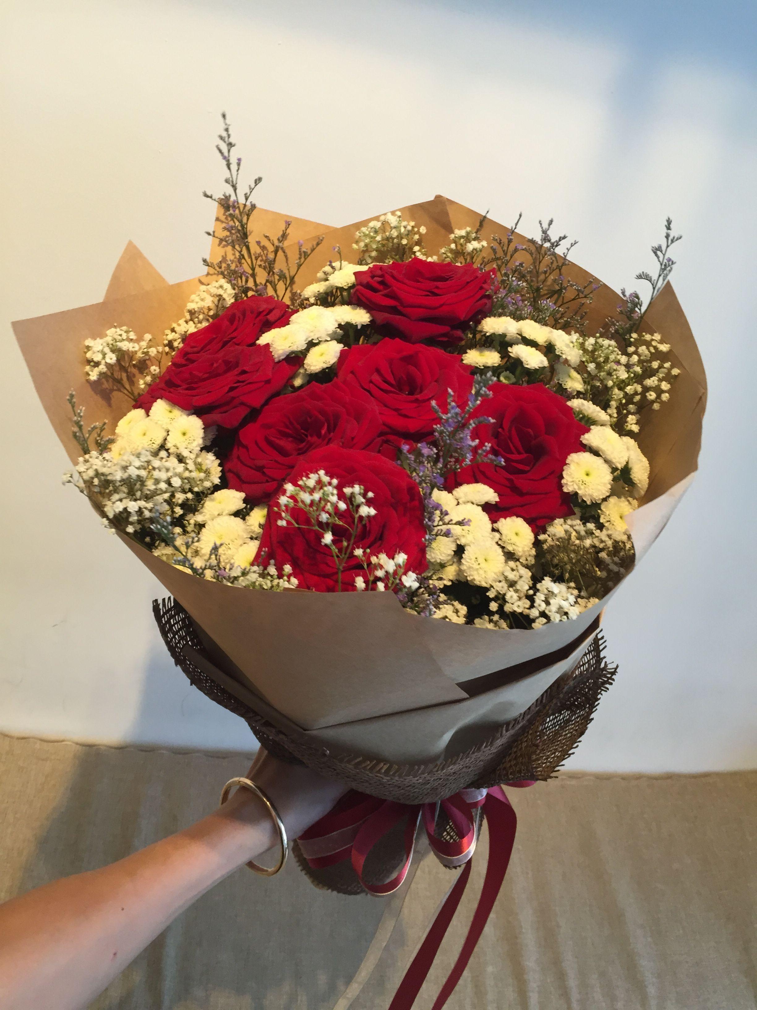 Pin By Tyty Chhou On Bouquet Flower Arrangements Pinterest