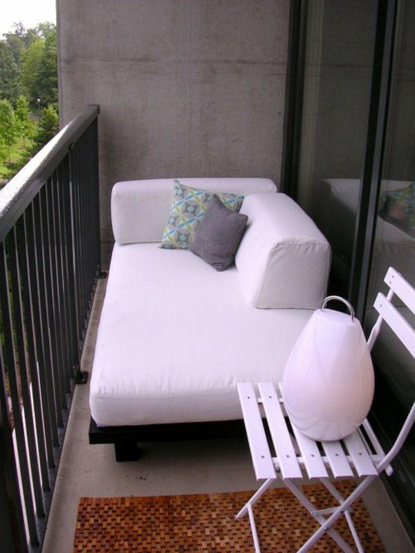 Balkon Relax Liege Ideen - Behagliche Erholungsecke Gestalten ... Balkon Gestaltung 20 Ideen