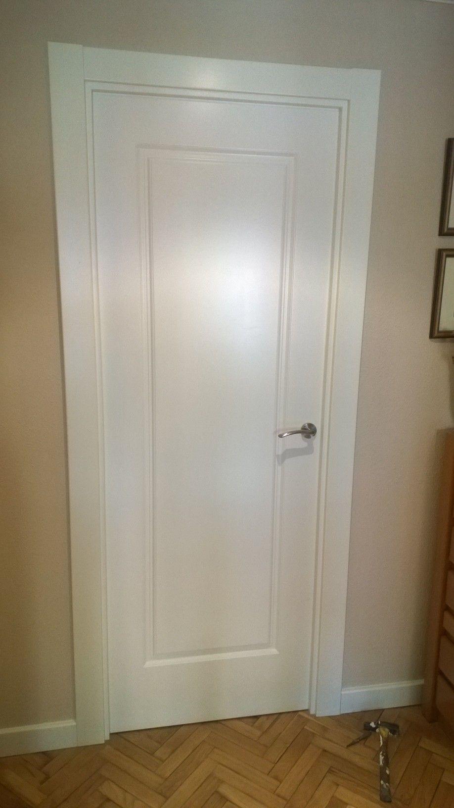 Puerta lacada mod 9100ar de puertas sanrafael puertas - Puertas interior blancas ...