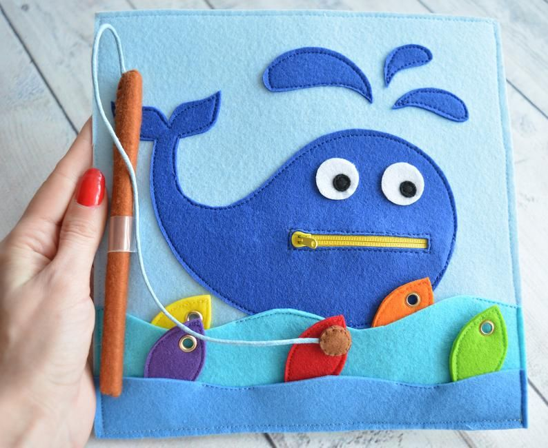 Felt quiet toddler toy Busy baby book page Montessori activity Sensory travel toy One page 1-4 year