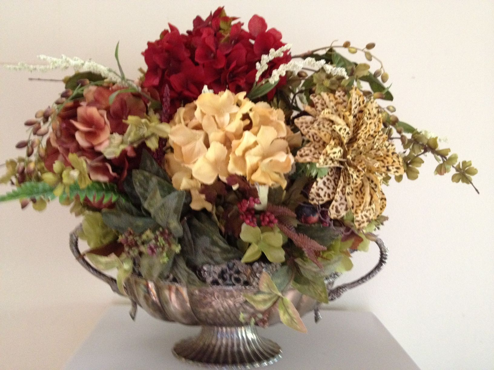 Beautiful And Elegant Custom Silk Floral Arrangements By Tray