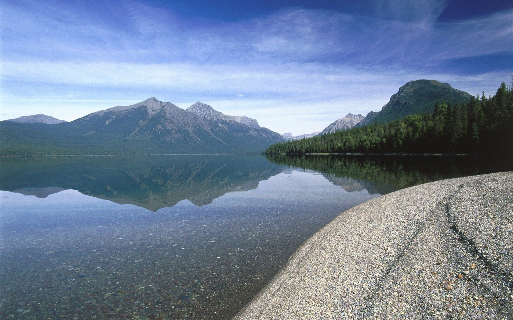 The Most Beautiful Places In The USA As Voted By You Beautiful - North americas 9 most scenic lakes
