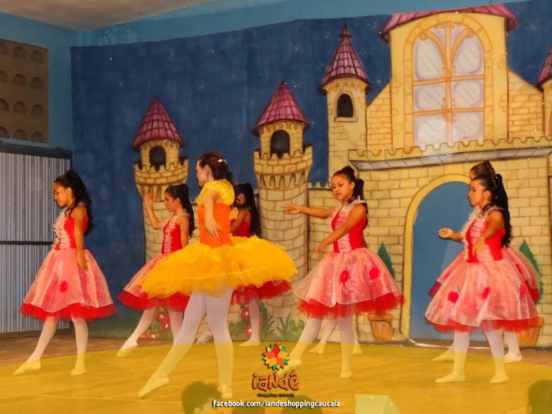 Hoje as 18:00 horas no Iandê teremos apresentações de dança da STUDIO DE DANÇA & FITNESS ACADEMIA. Não percam! :)