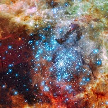 Star Clusters on a Collision Course - E. Sabbi/ESA/NASA