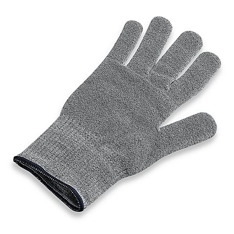 Protect your hands as you grate and zest foods with your Microplane® tools during kitchen prep. This glove will assist in protecting your hands as it comfortably allows you to use your kitchen tools without worring about knicks or scrapes.