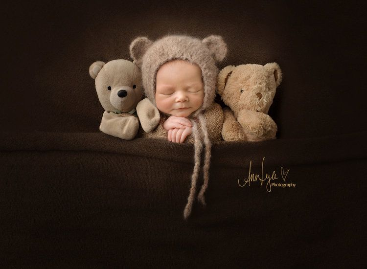 Newborn portraits 5 days to 21 days newborn session