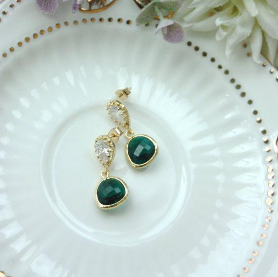 Emerald Green Glass Pear Gold Earrings. Wedding by Marolsha