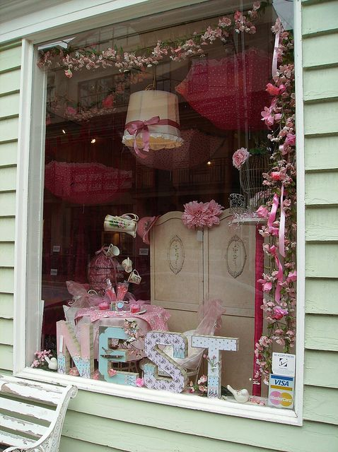 Inspiring shops vintage girls boutique partial to pink for Vintage einrichtung shop