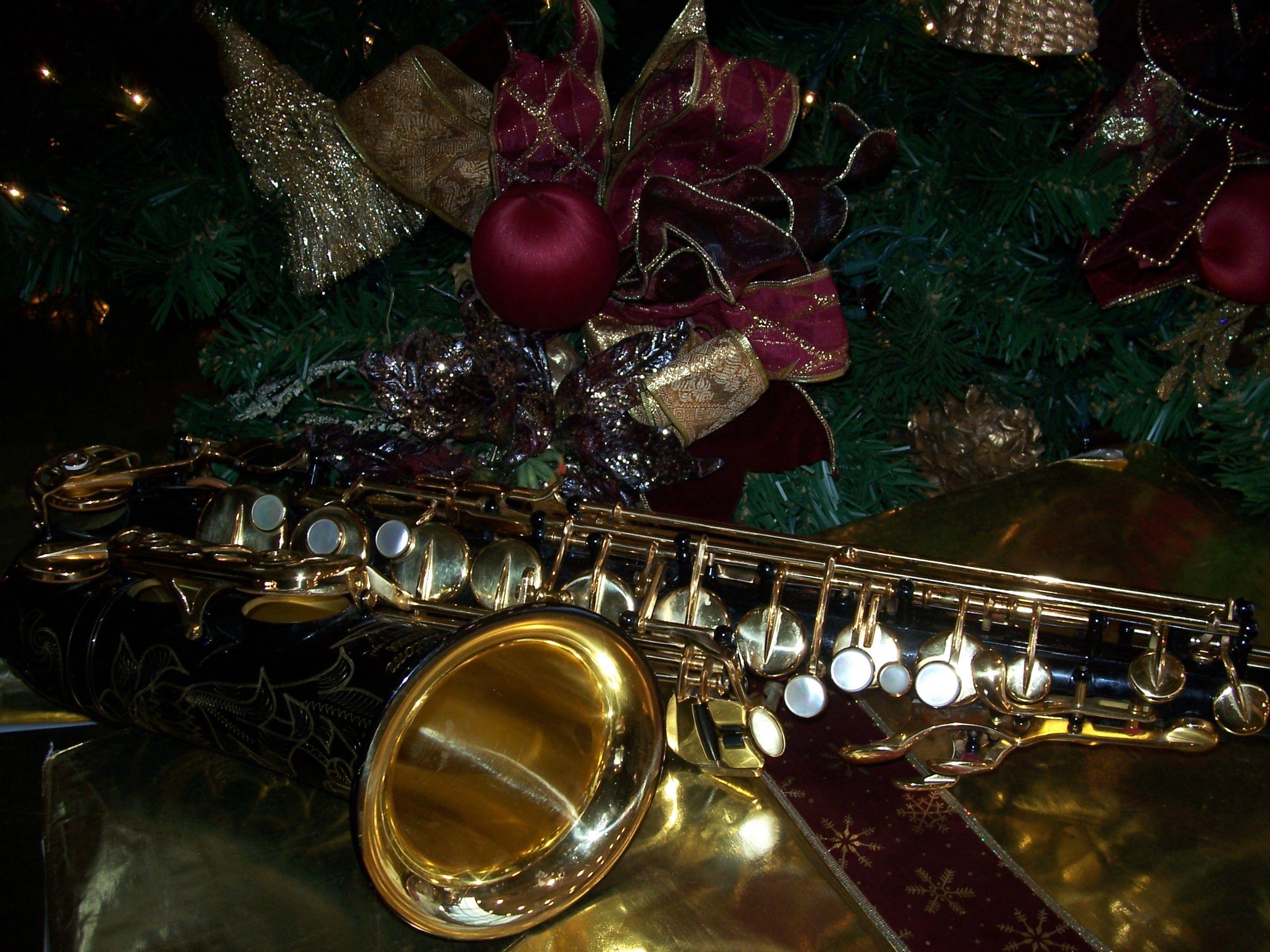 Christmas Alto Saxophone Wallpaper Arte