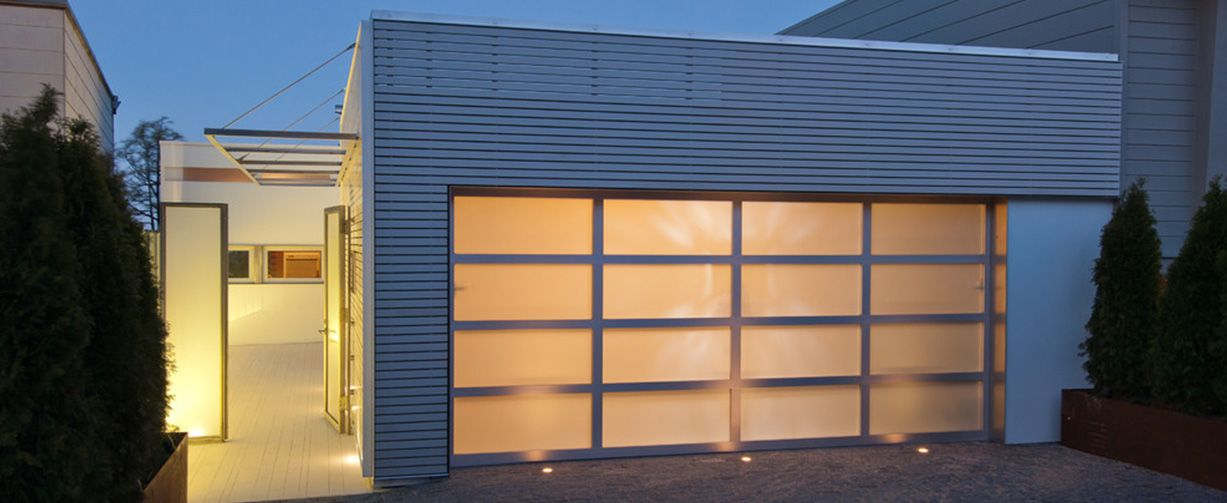 Aluminum Garage Doors With Images Aluminium Garage Doors