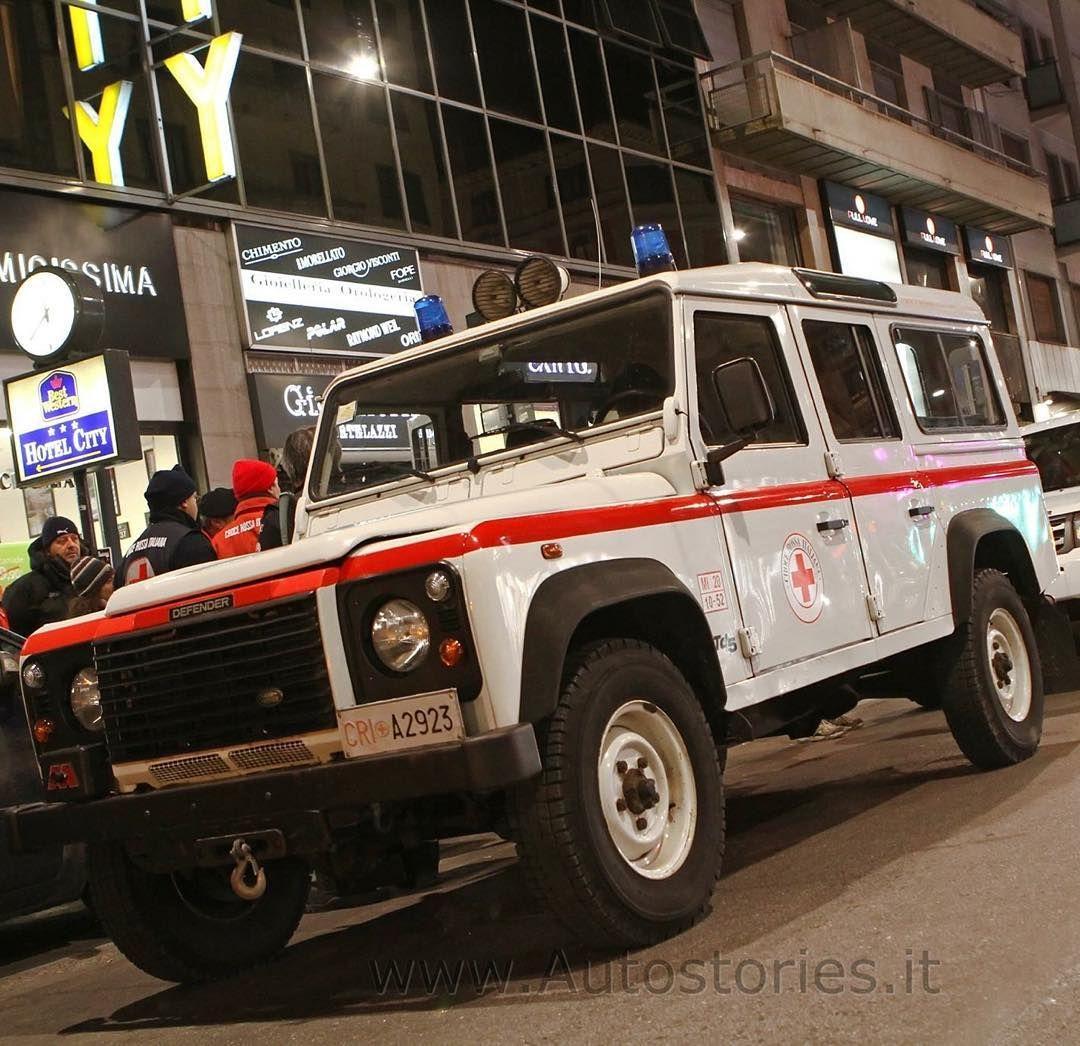 f9a539910e Land Rover & Croce Rossa Italiana #landrover #landrovers #landroverlove  #landroverpics #