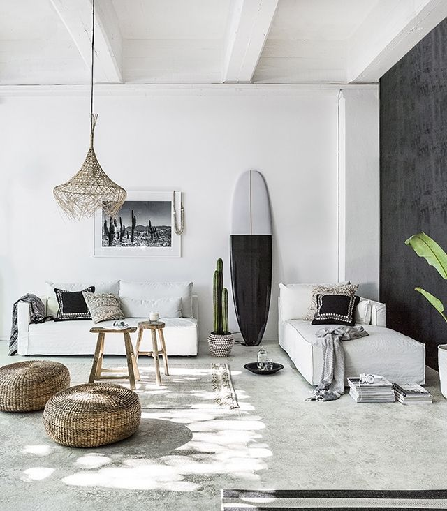 beautiful summer styling with indie home collective the design chaser tabla de surf. Black Bedroom Furniture Sets. Home Design Ideas