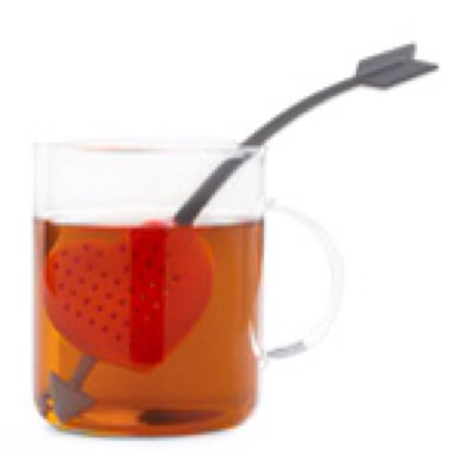 Cupid's arrow tea infuser