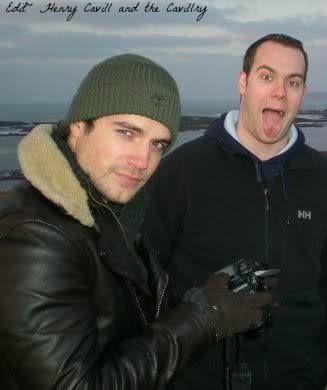 Henry e seu irmão Simon!!!!! Créditos na imagem!!!! #AlwaysHenryCavill