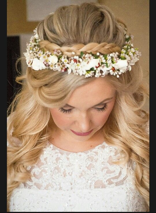 Wedding floral crown, flower crown, pops of red, Bridal hair, wedding hair, wedding hair down, braid crown, Polish bride, Blonde wedding hair