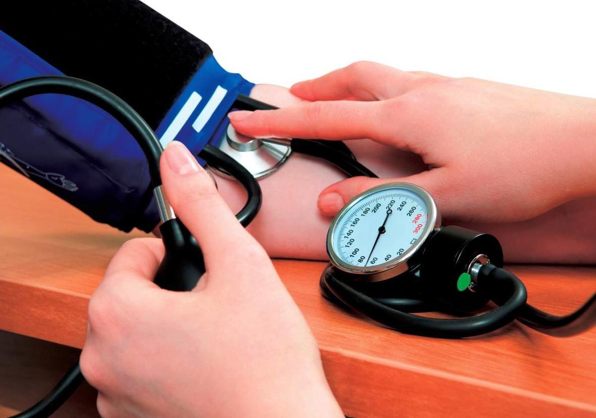 Bajos niveles de vitamina D pueden provocar hipertensión
