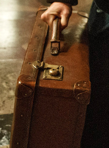 Close-up of suitcase. | I love Harry Potter | Newt ...