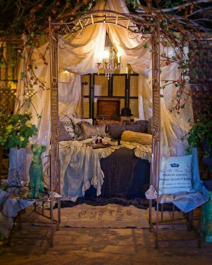 Beautiful Romantic Bedrooms: Whimsical Bedroom, Outdoor Bedroom, Romantic