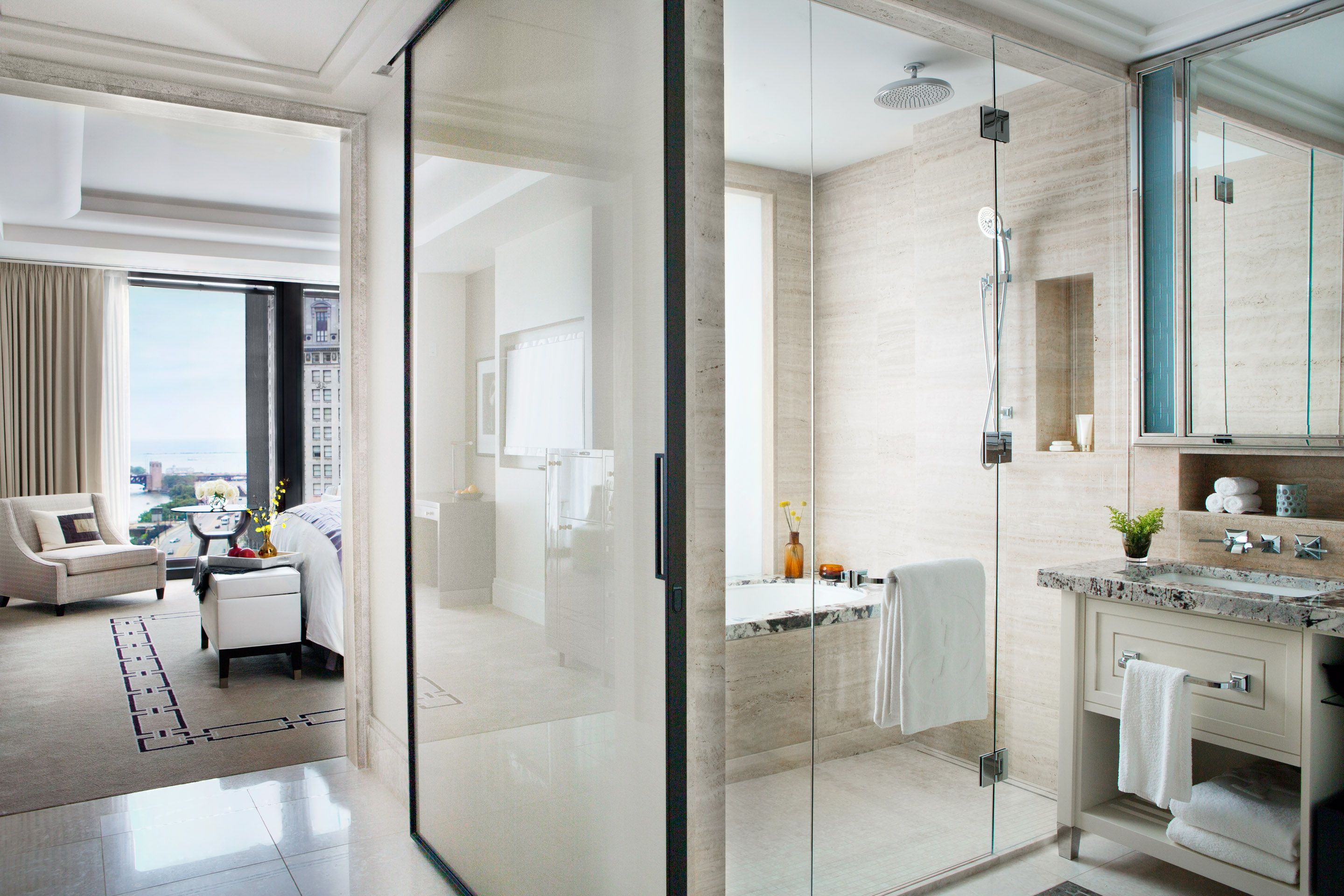 Grand King, shower/bath, and bathroom at The Langham, Chicago ...