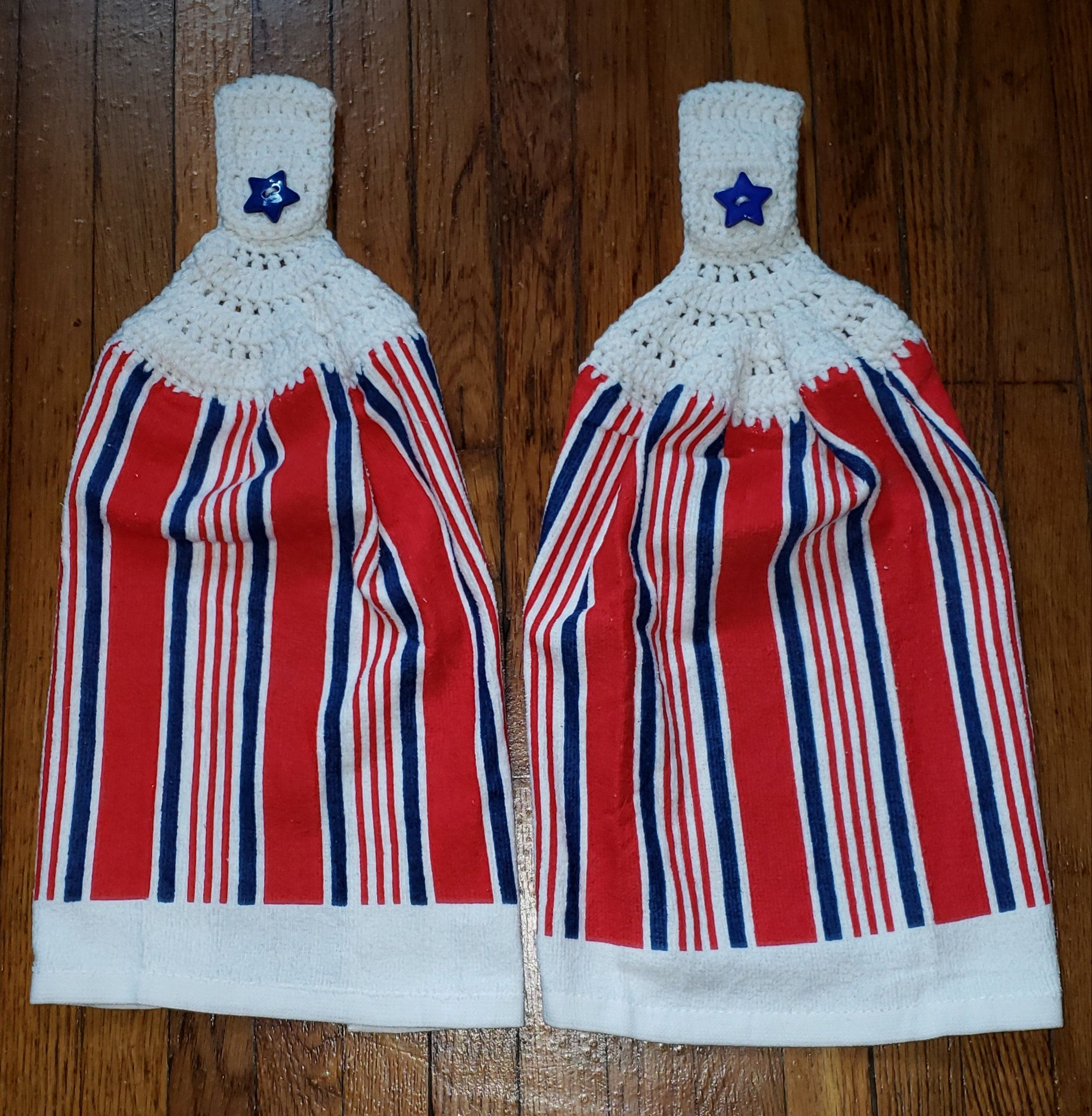 Download Wallpaper Red White Blue Kitchen Towels