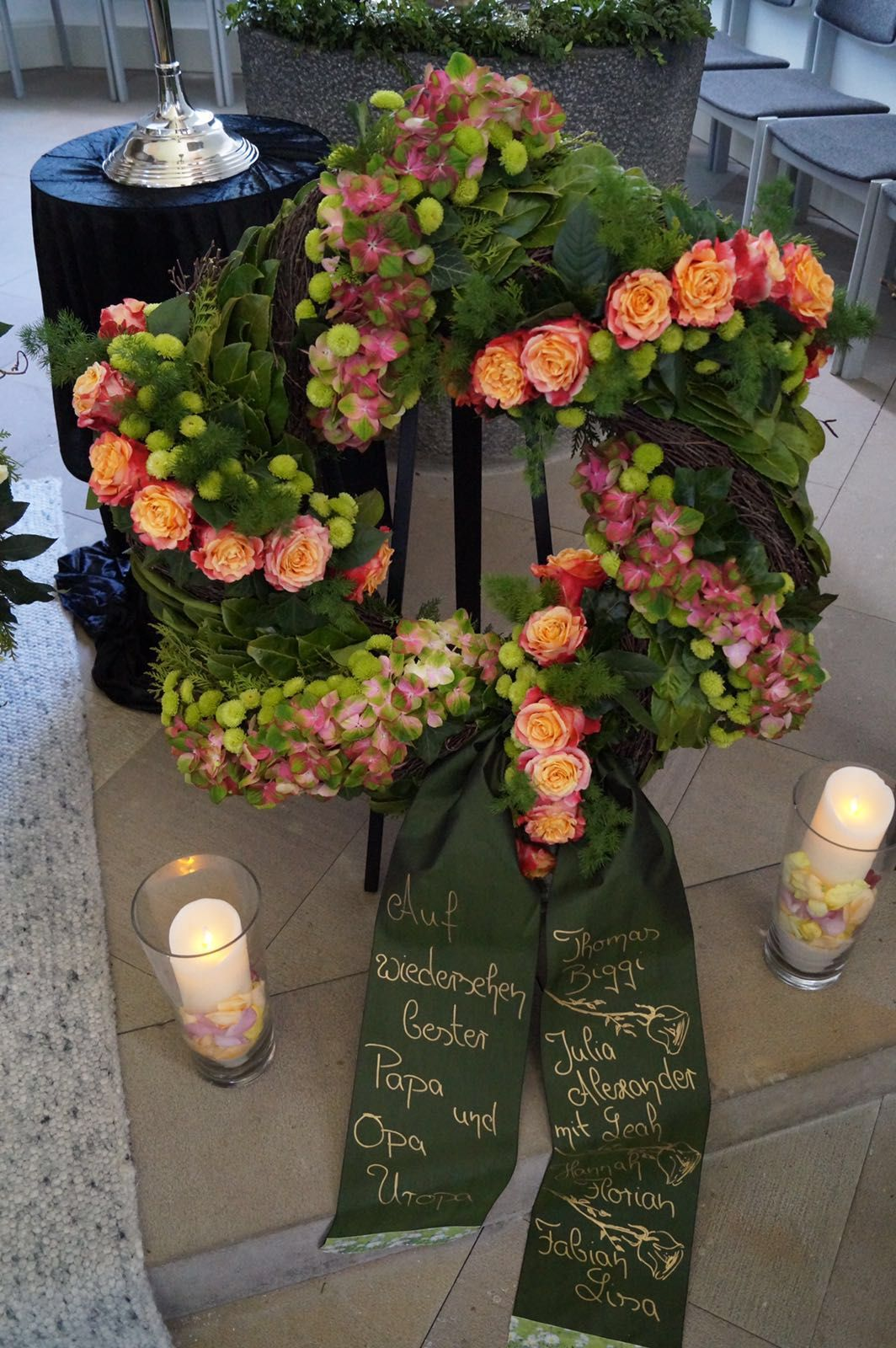 Trauerdekoration  Trauerfloristik  Funeral floral