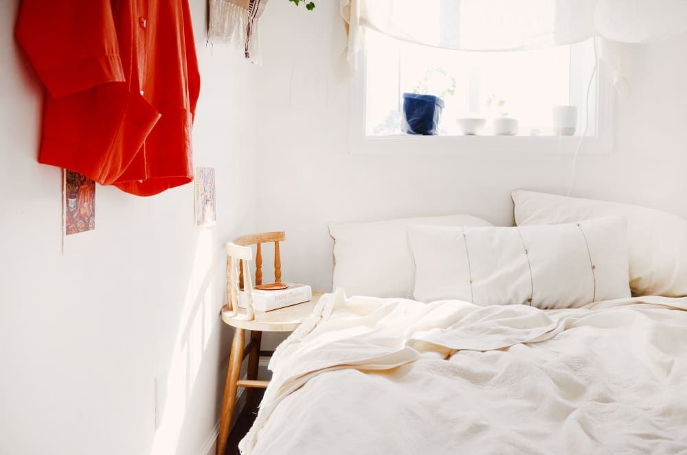 23 Minimalist Bedrooms To Inspire You To Design Your Own Dreamy Space Minimalist Bedrooms Simple Bedroom Minimalist Bedroom Rent a minimalist bedroom house