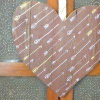 Rustic Valentines Decor – DIY Wood Sign