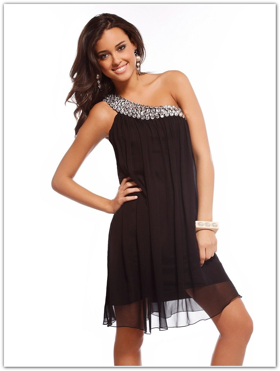 Tips for choosing your perfect little black dress fashion and