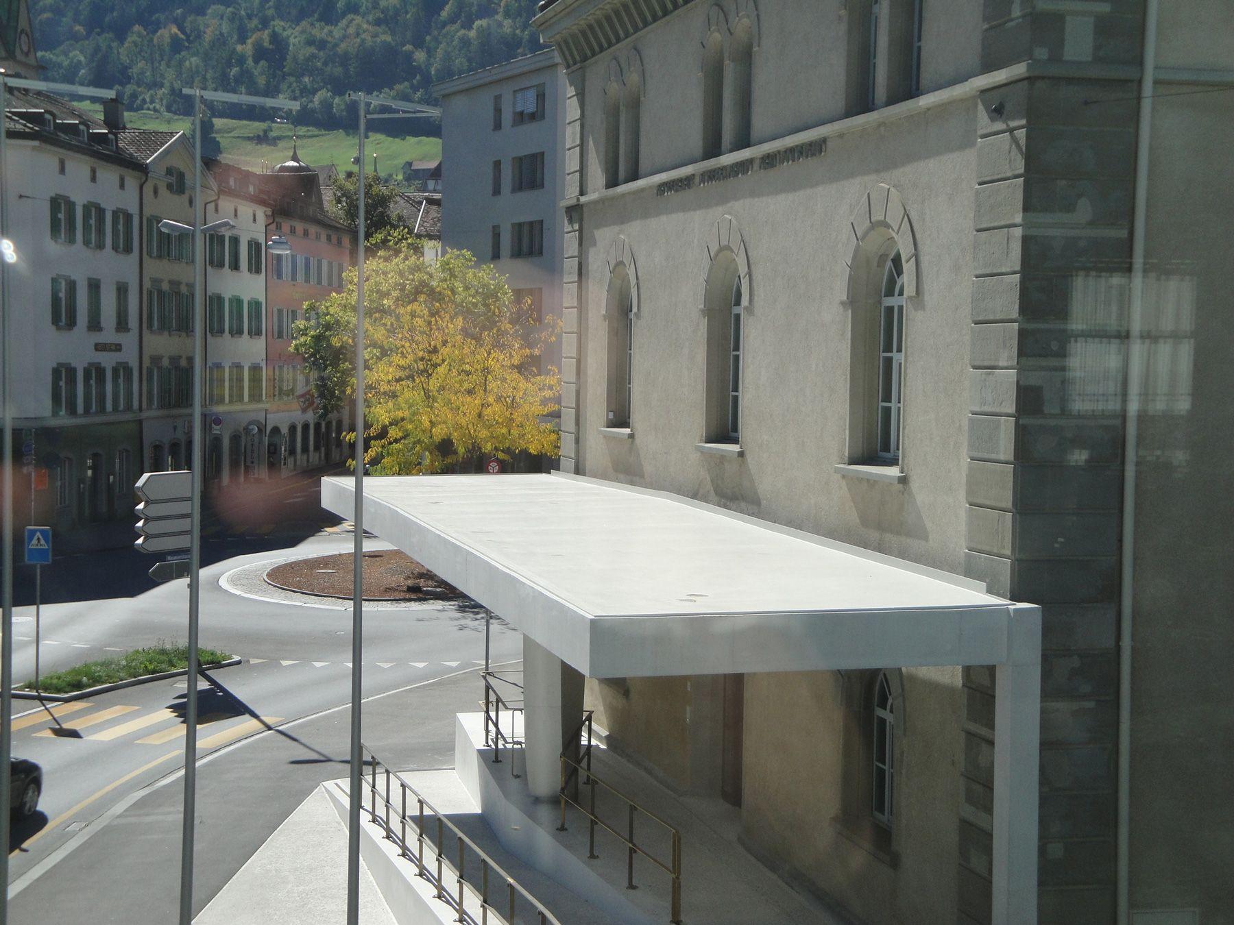 Vordach Beton http bautas ch images content referenzen hochbau