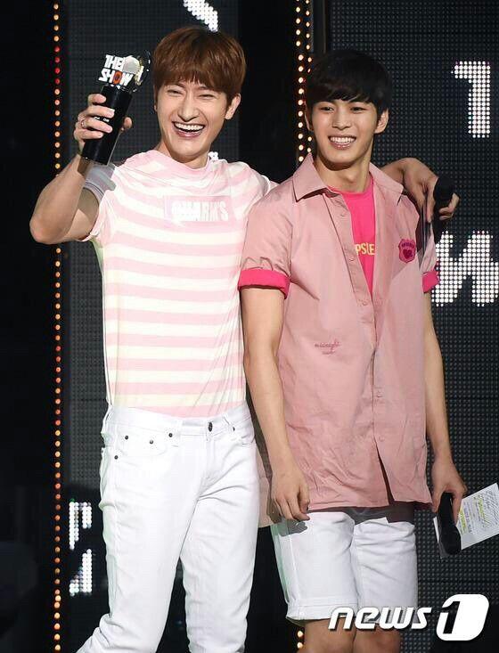 Zhoumi & HongBin