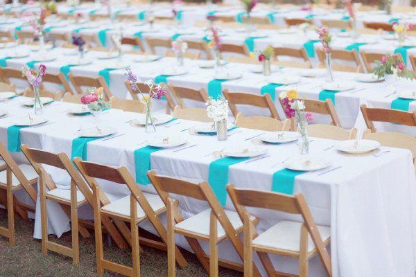 Que tal mesas largas y no redondas?