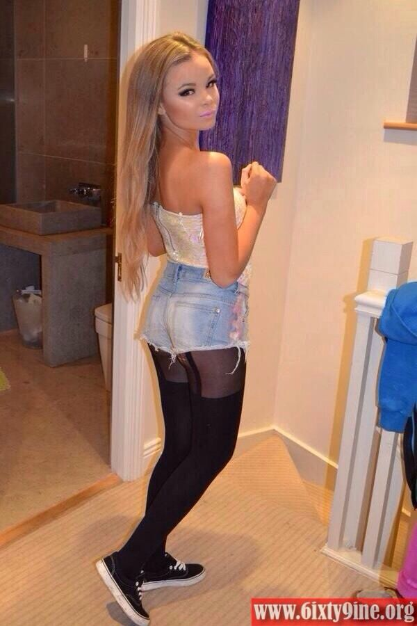 jean shorts teen Blonde