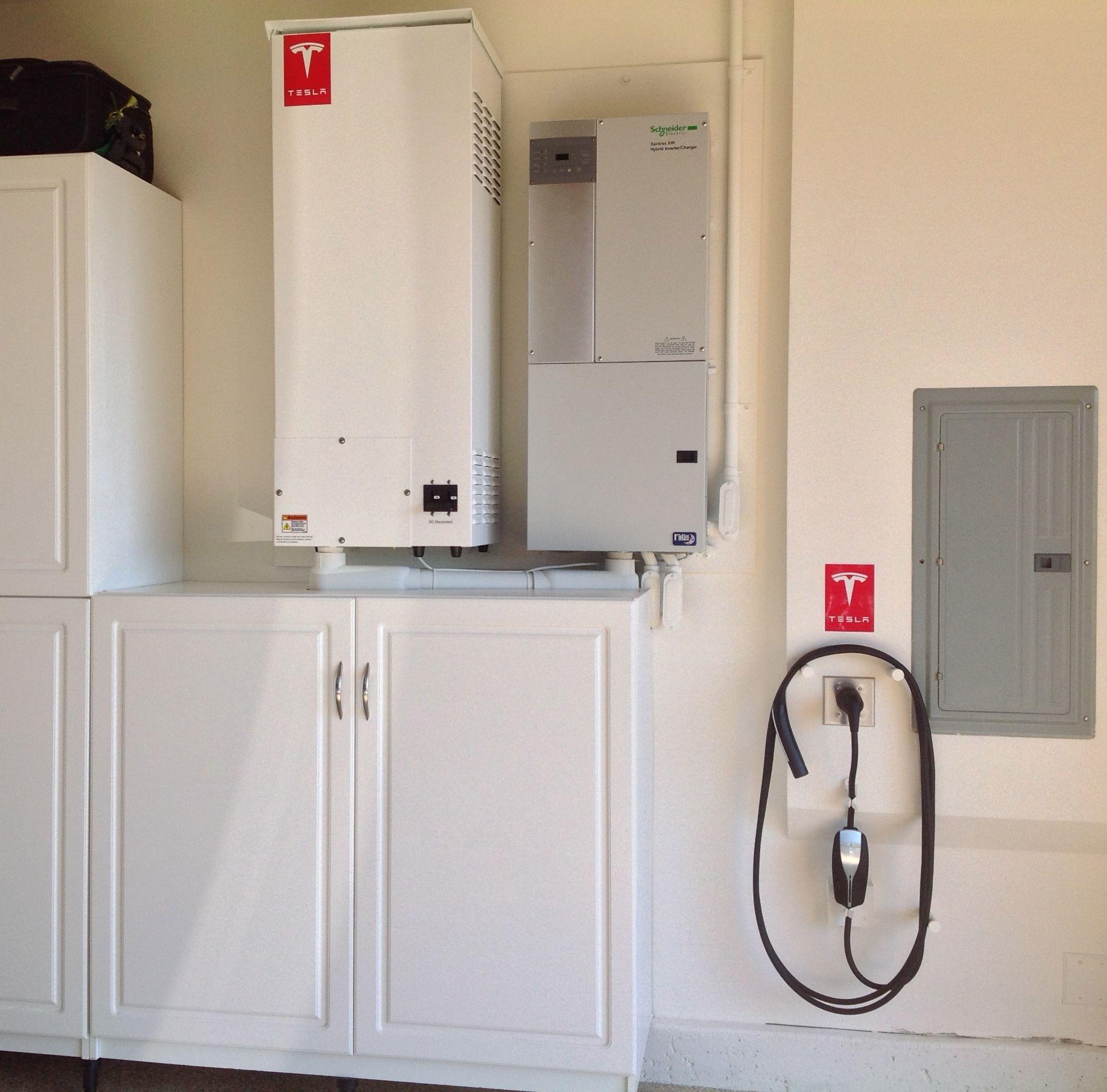 Tesla Home Battery Details Emerge Gas 2 Solar Panels For Home Home Solar Panels