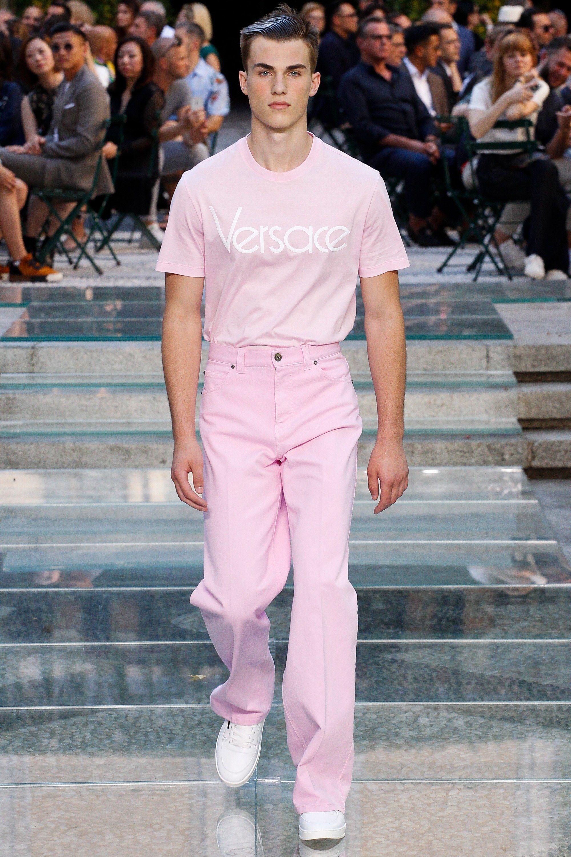 5f57b27f3d4b Versace Spring 2018 Menswear Fashion Show   The Runway   Lookbook ...