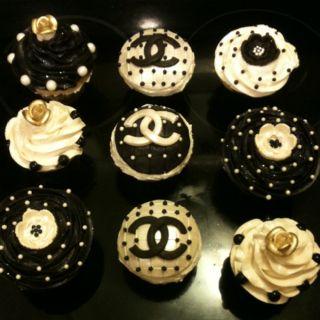 Chanel cupcakes idea cakes pinterest kuchen torten for Kuchendesign fontaine