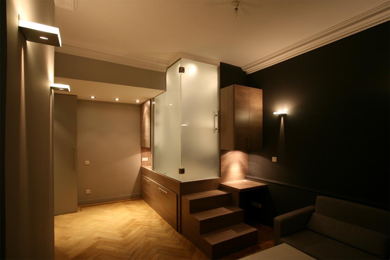 Agencement intérieur et décoration studio à Lyon 6 | Small spaces ...
