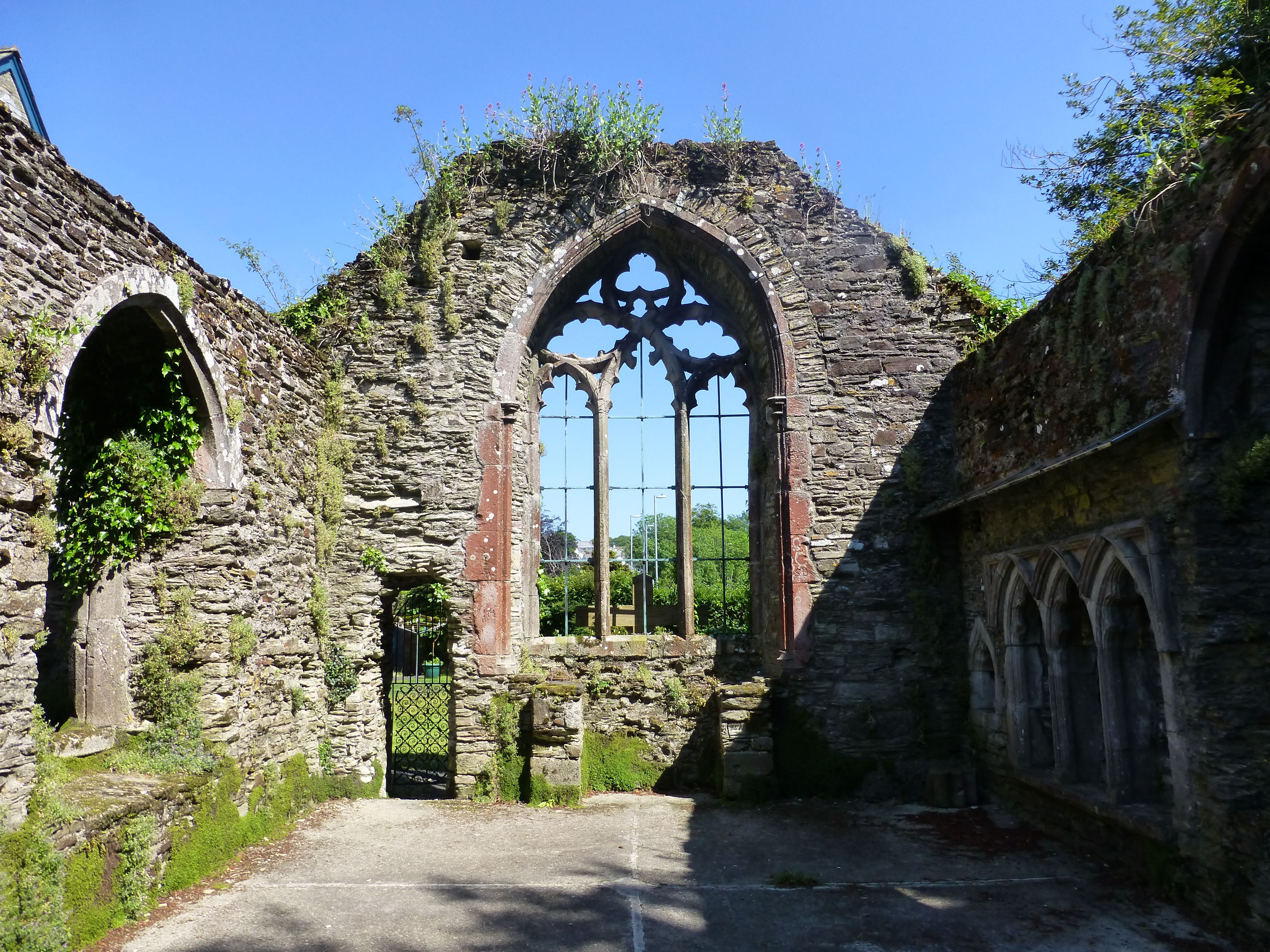 Chapel of St Thomas Becket is a ruin of a 14th century building in the south-east of the churchyard.St Petroc's Church,Bodmin,Cornwall.