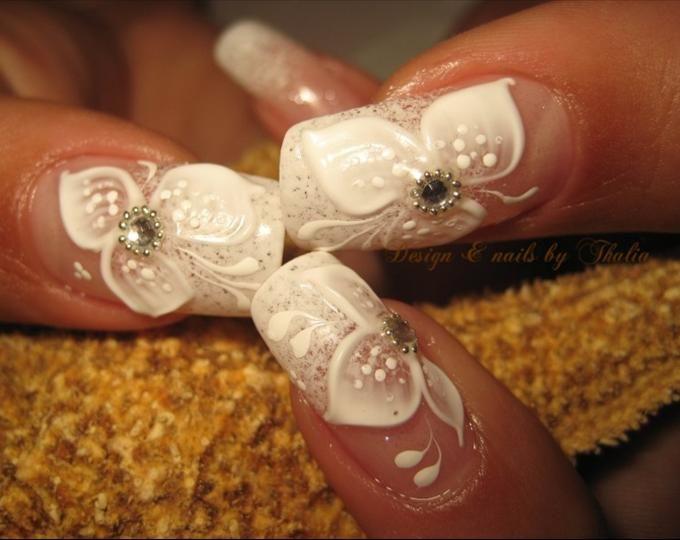 3d Gel Flowers More 3d Gel Bridal Flowers White French Unas Con Flores Unas Hermosas Unas Bonitas