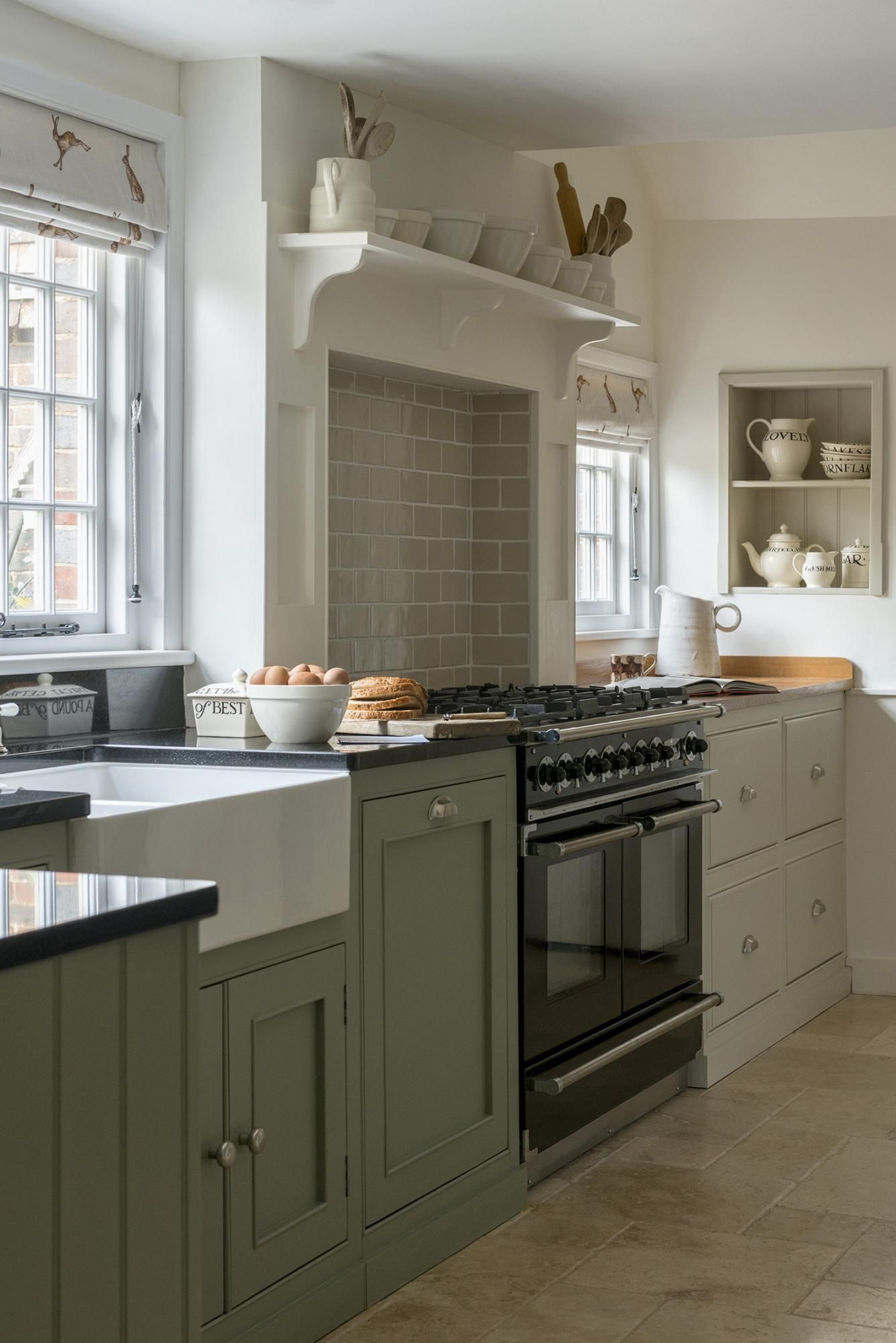 The Most Captivating Simple Kitchen Design For Middle ...