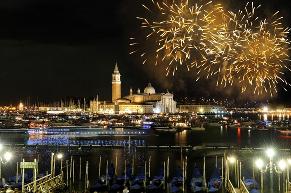 Festa del Redentore, Venice, Italy (via VeneziaToday