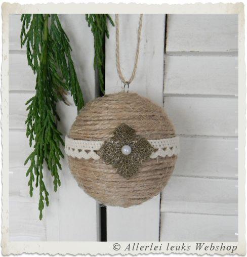 Voorbeeld kerstbal met jute touw zelfmaak idee n van pinterest jute touw - Voorbeeld van decoratie ...