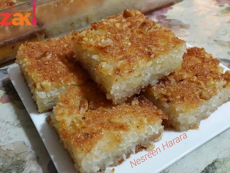 طريقة هريسة جوز الهند مثل الجاهزة زاكي Food Garnishes Banana Cake Recipe Arabic Food